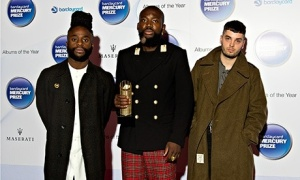 Young-Fathers-008