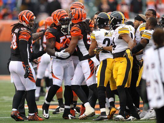 Bengals Steelers playoffs.JPG