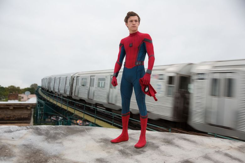 spider_man_homecoming_DF_28509_R2_r.0