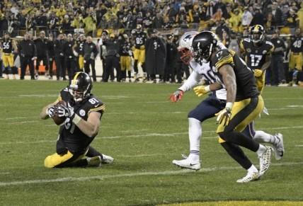 Steelers JEsse James