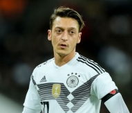 LONDON, ENGLAND - NOVEMBER 10: Mesut Oezil of Germany looks on during the international friendly match between England and Germany at Wembley Stadium on November 10, 2017 in London, United Kingdom. (Photo by TF-Images/TF-Images via Getty Images)